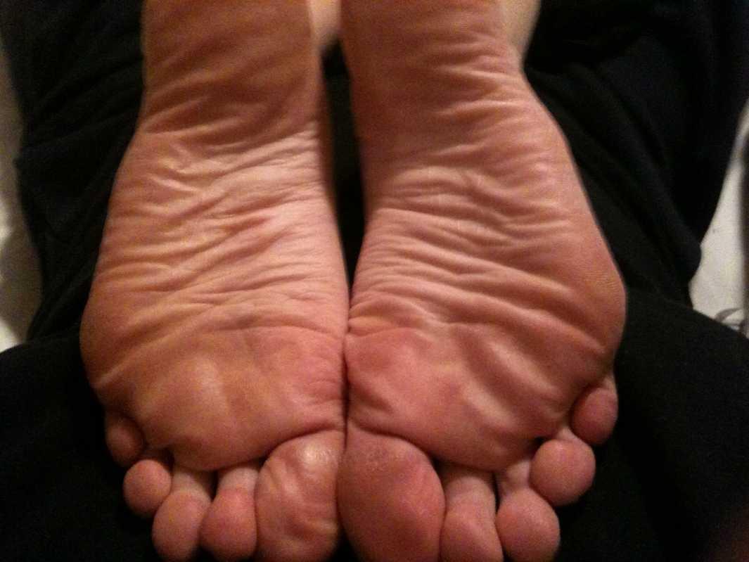 pieds amatrice sexy nue (7)