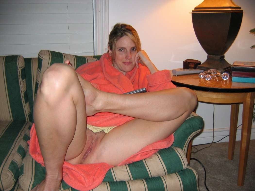 upskirt chatte nue (25)