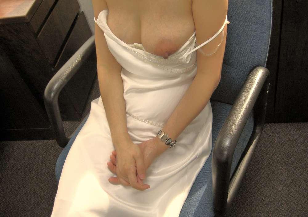 amatrice asiatique nue gros seins (122)