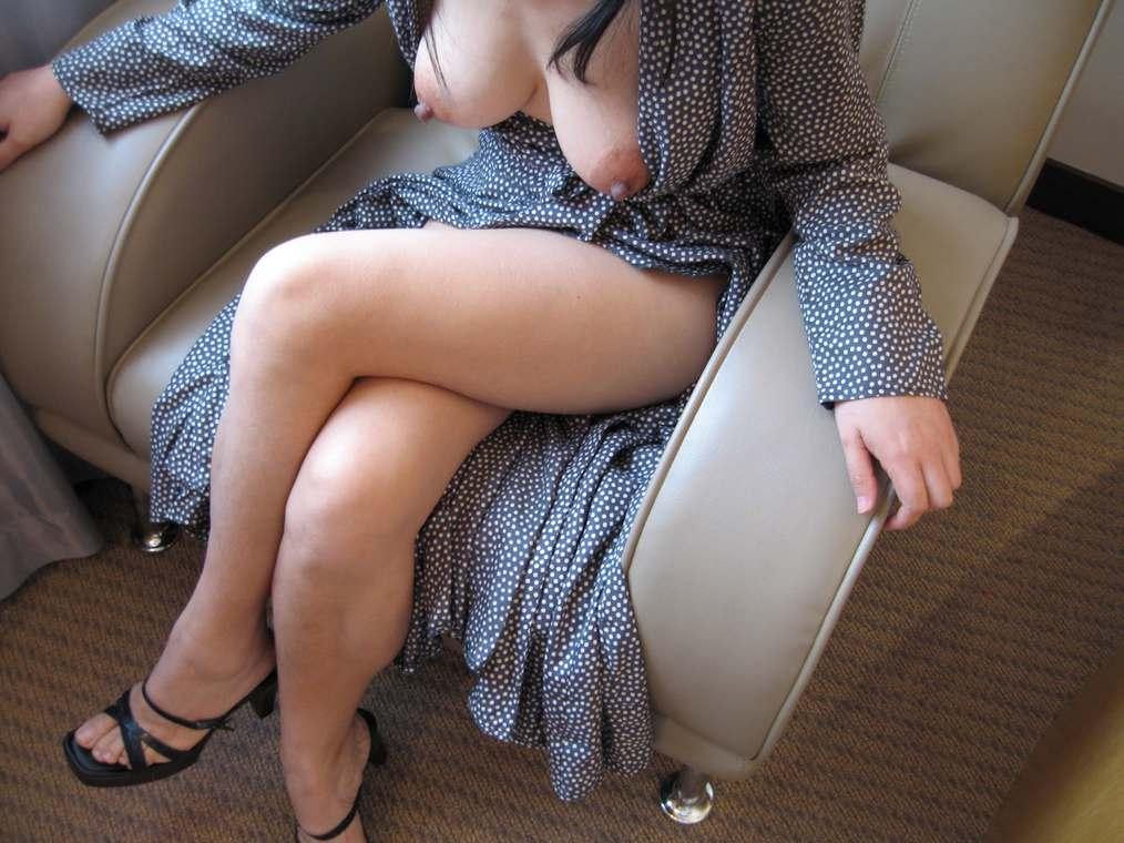 amatrice asiatique nue gros seins (142)