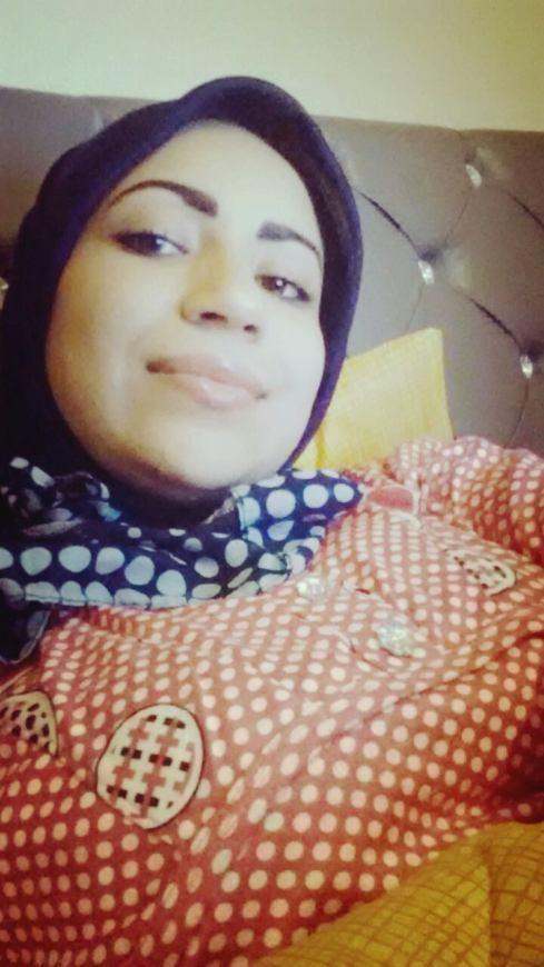 beurette hijab seins nus (1)