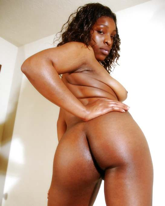 chatte africaine nue sexy (116)