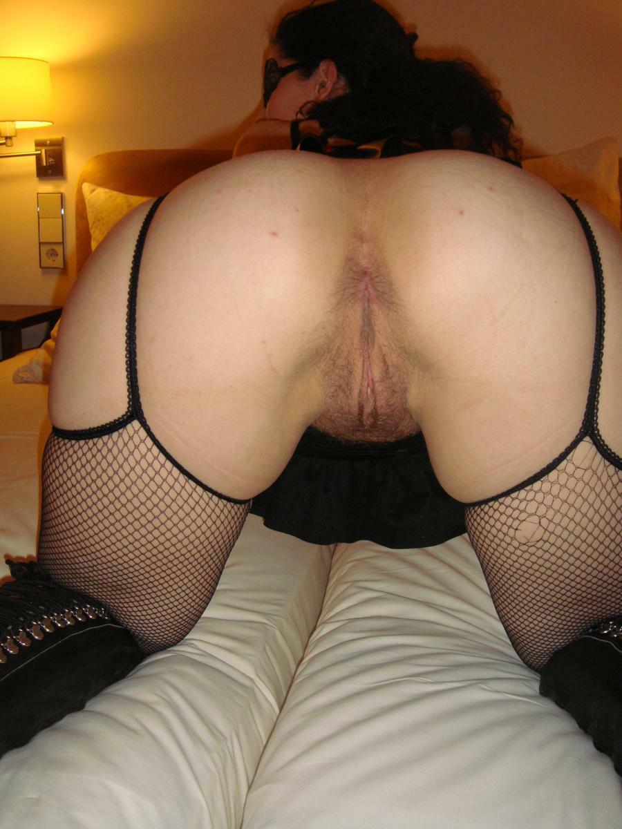 turkish_slut_from_ankara_needs_it_badly_in_her_ass_1066951804