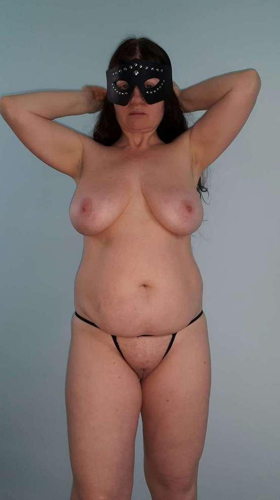amatrice mature gros seins nue (101)