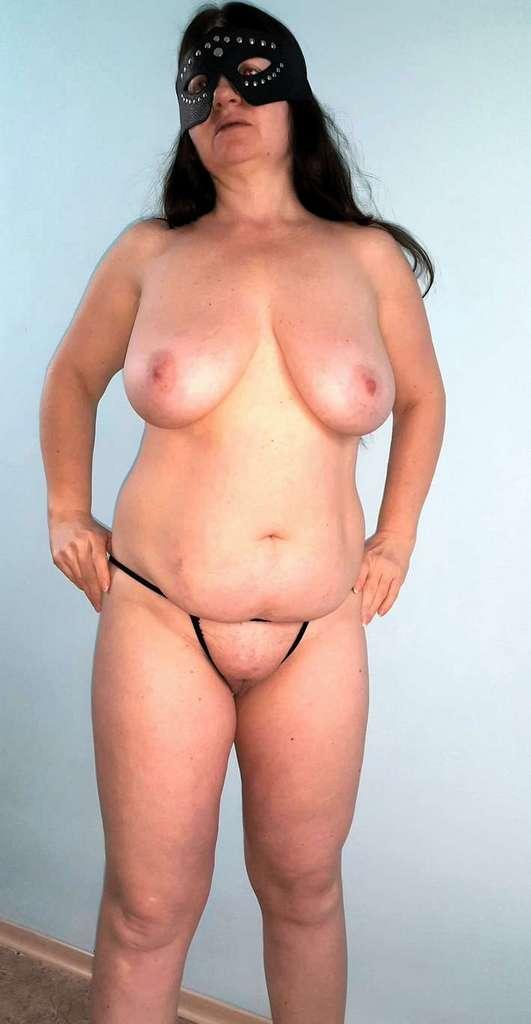 amatrice mature gros seins nue (122)