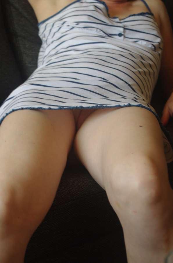 amatrice upskirt chatte nue (102)