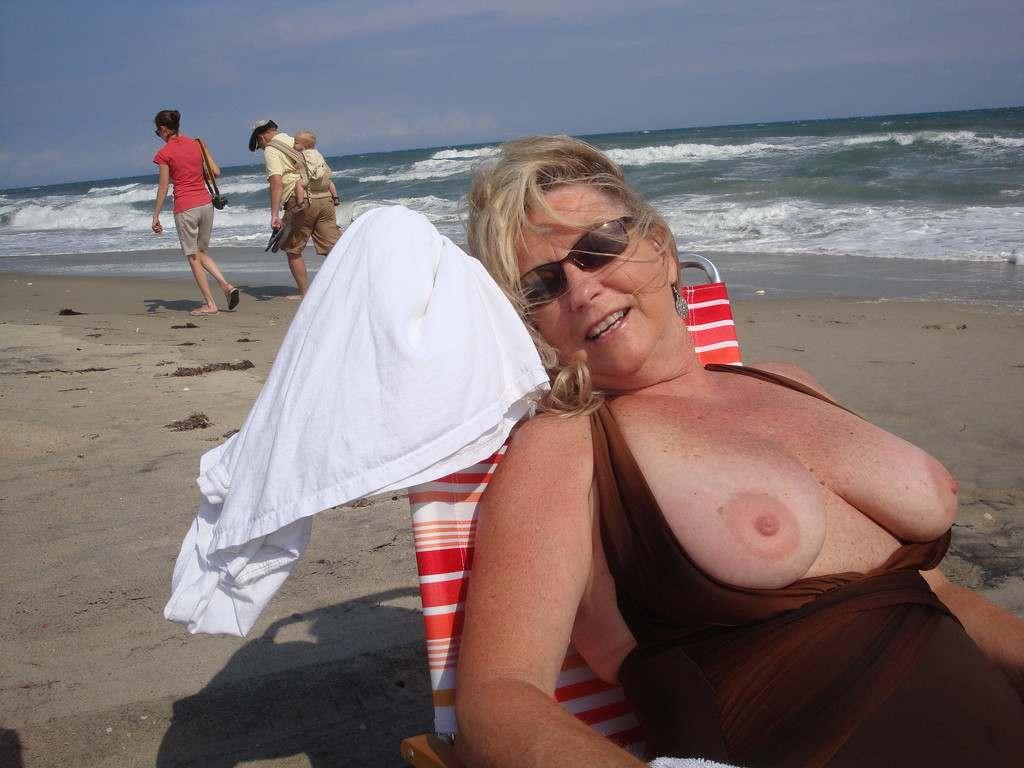amatrices seins nus (14)