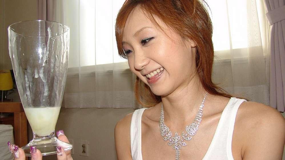 asiatique avale sperme (108)