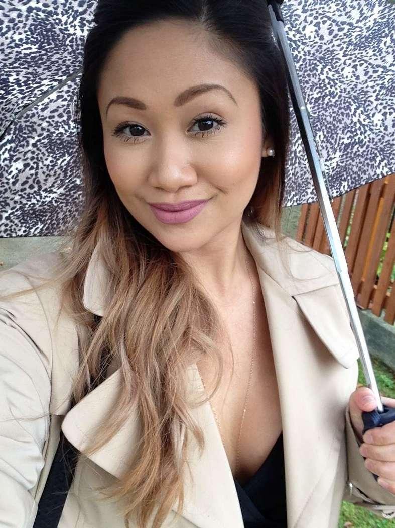asiatique gros seins nue bonasse (144)