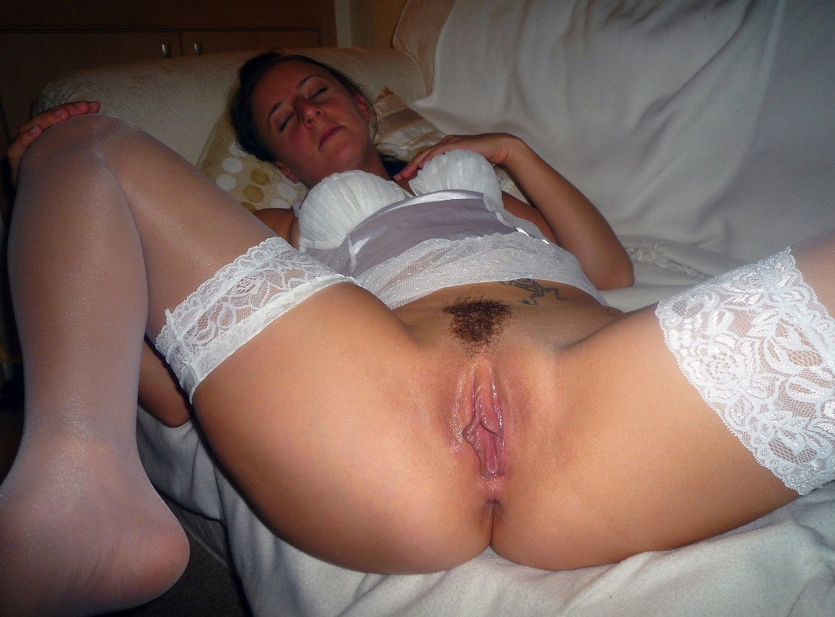 close-up-creampie-gros-plans-de-chatte-vulve-vagin-mouille-paye-ta-chatte-19