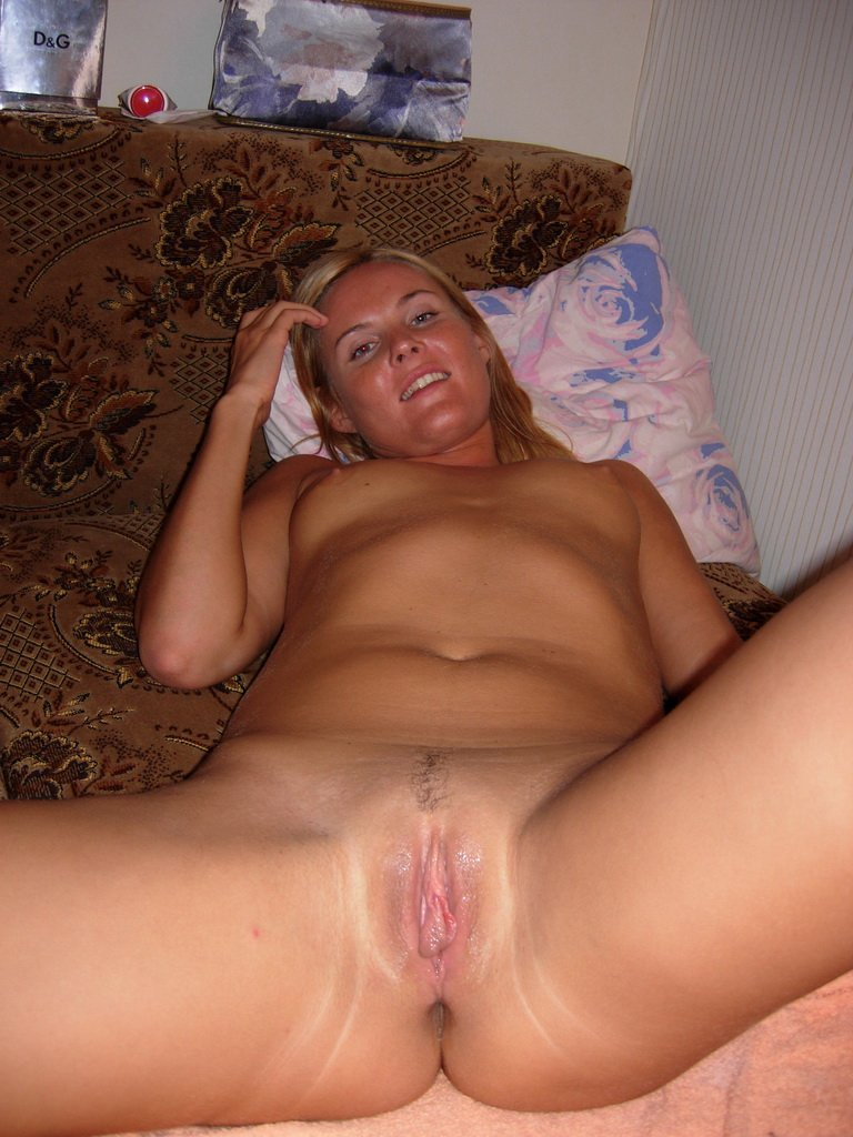 close-up-creampie-gros-plans-de-chatte-vulve-vagin-mouille-paye-ta-chatte-253