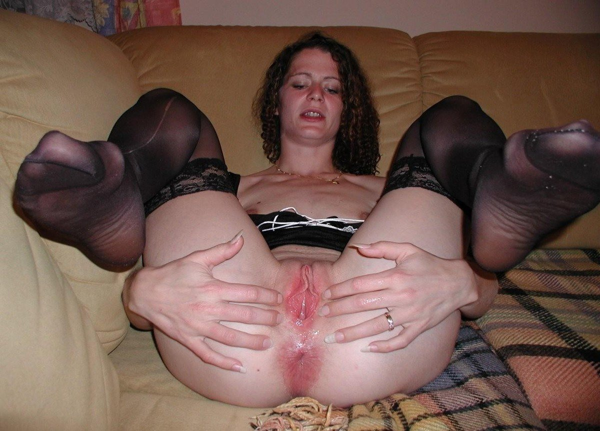 close-up-creampie-gros-plans-de-chatte-vulve-vagin-mouille-paye-ta-chatte-704