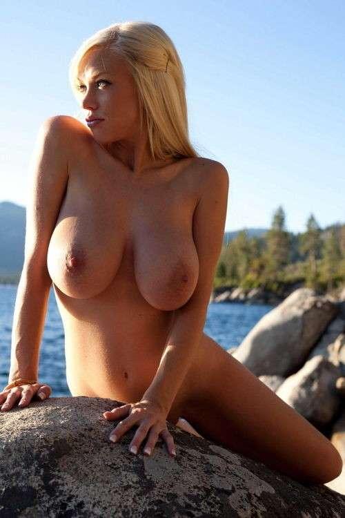 enorme seins naturels (26)