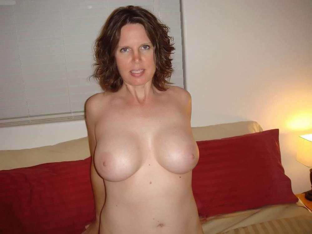amatrice-enormes-seins-nue-21