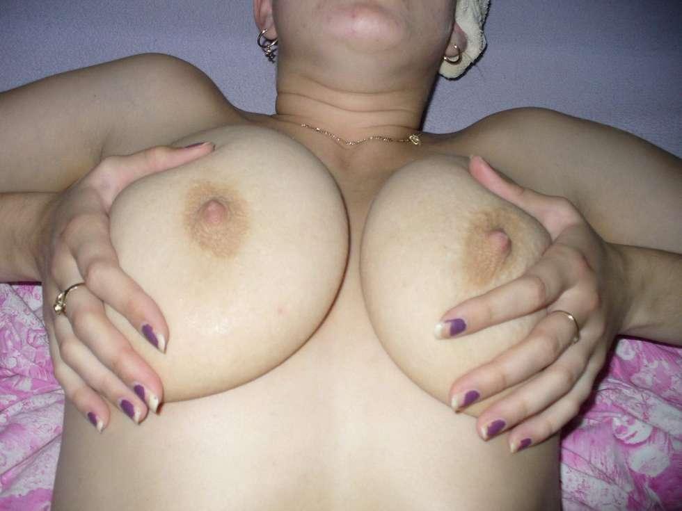 baiseuse-amatrice-gros-seins-12