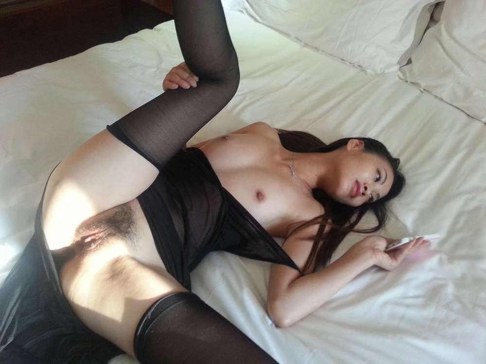 jeune-chinoise-nue-poilue-113