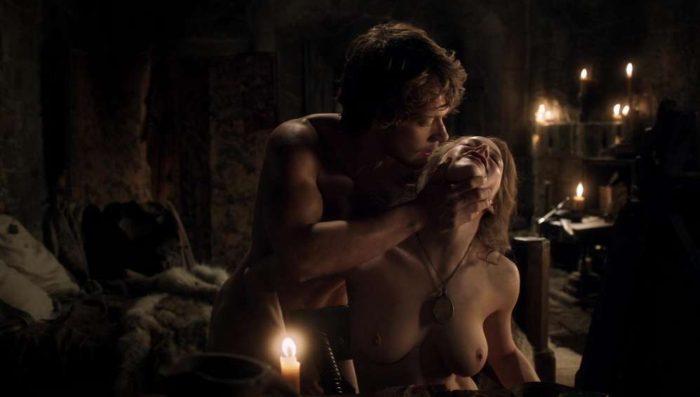femme-nue-game-of-thrones-31