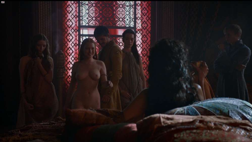 fille-nue-game-of-thrones-10