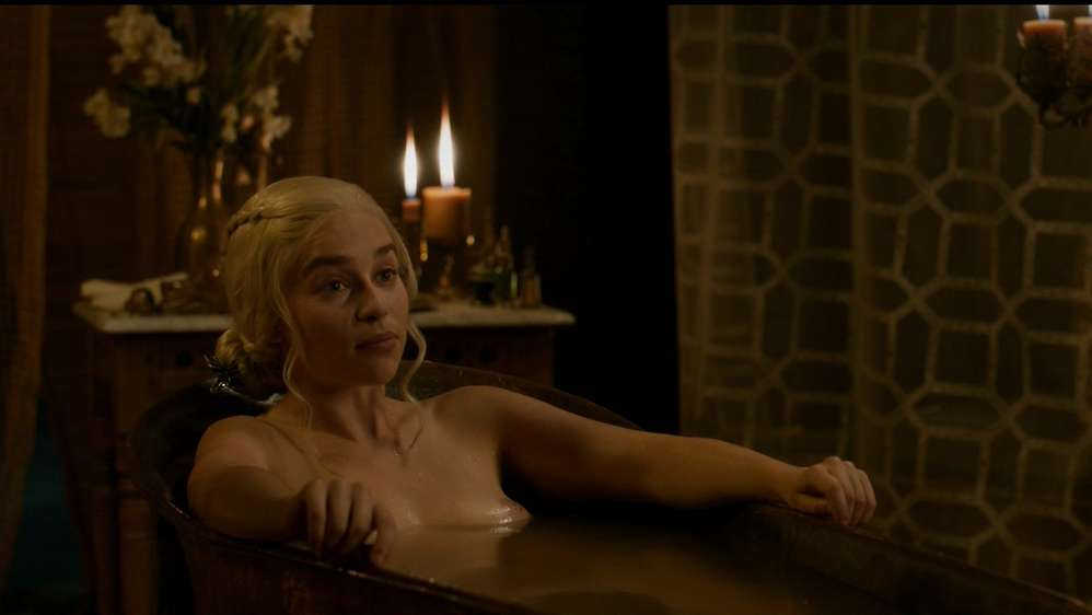 fille-nue-game-of-thrones-11