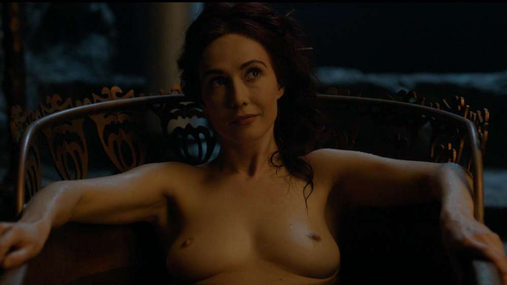 fille-nue-game-of-thrones-13