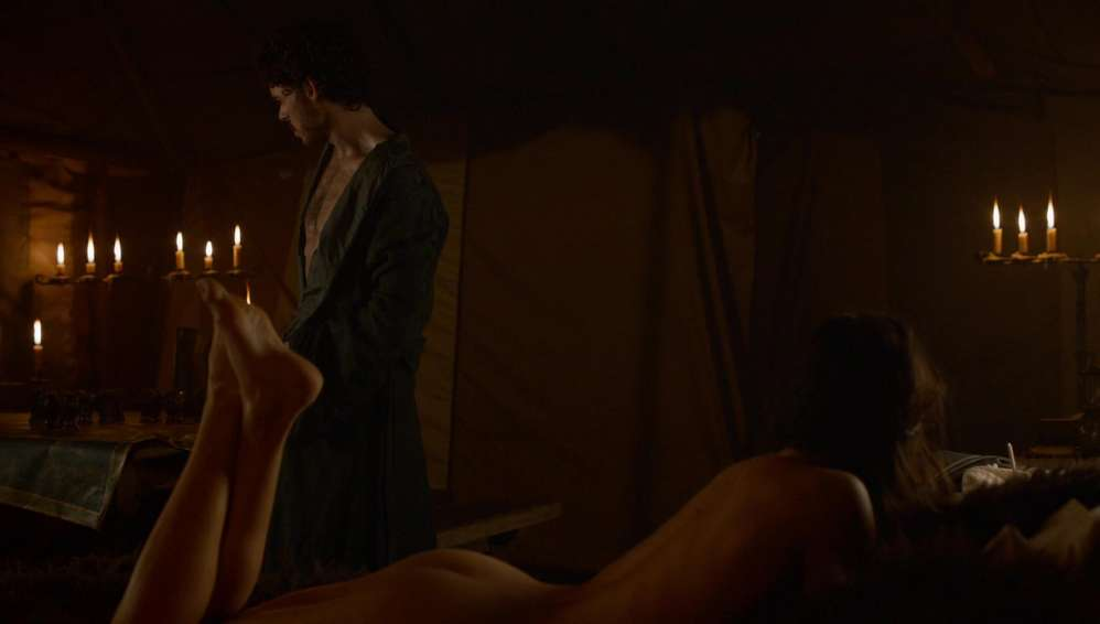 fille-nue-game-of-thrones-21