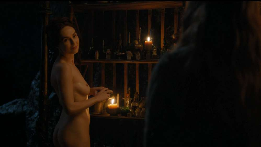 fille-nue-game-of-thrones-22