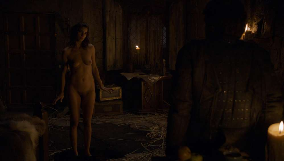 fille-nue-game-of-thrones-25