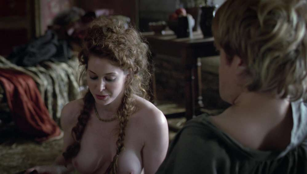 fille-nue-game-of-thrones-28