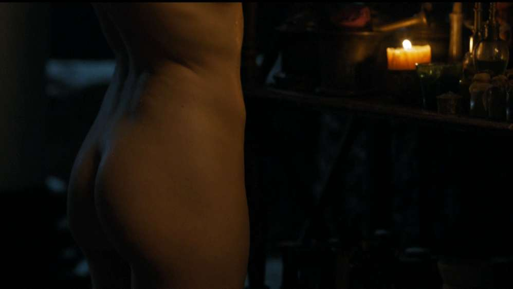 fille-nue-game-of-thrones-32