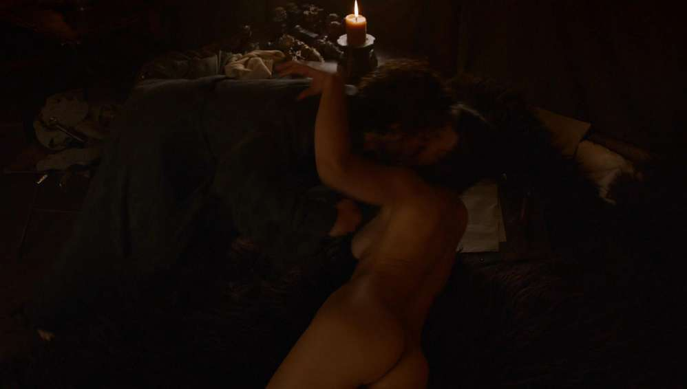 fille-nue-game-of-thrones-35
