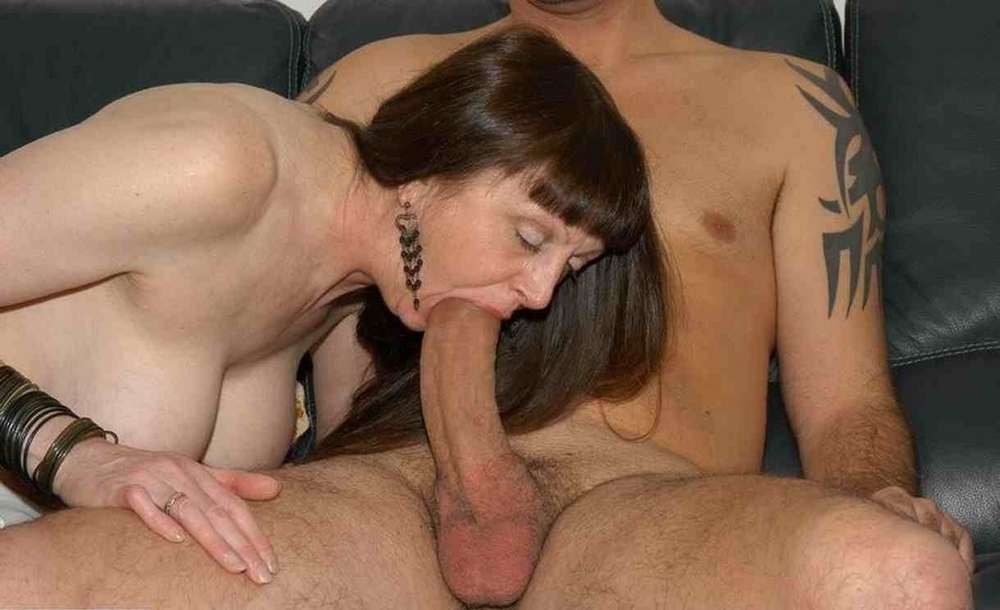first time pussy play