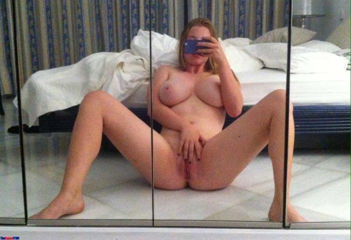 selfie-gros-nichons-amatrice-nue-4